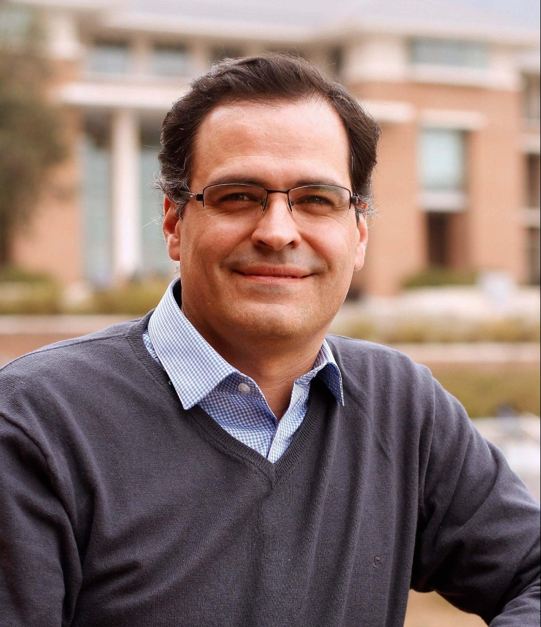 Dr. Luis Federico Bátiz