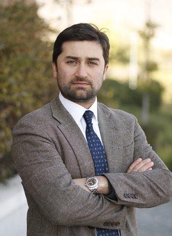 Dr. Carlos Vega Pizarro