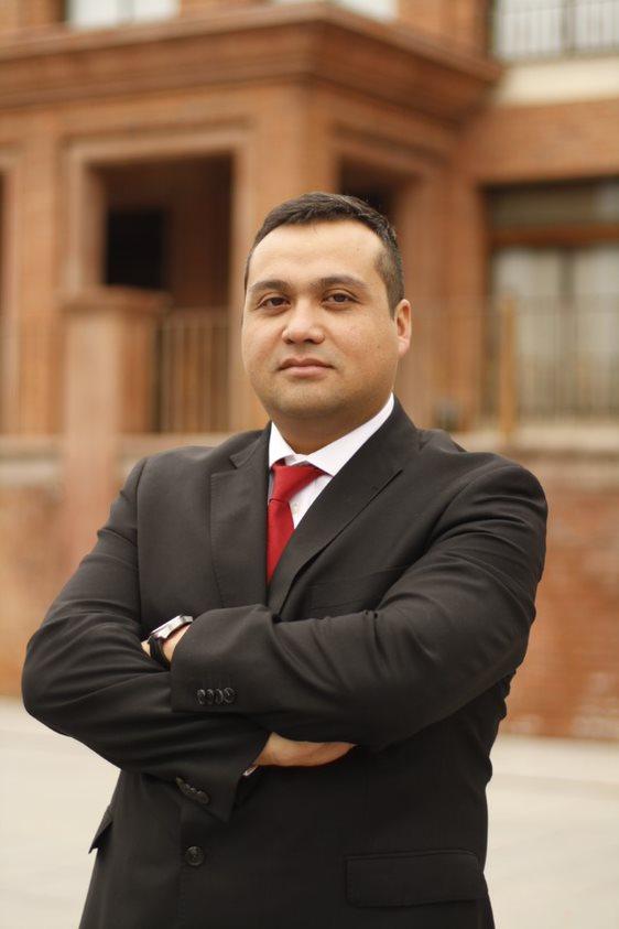 Dr. Manuel Carrasco Portiño