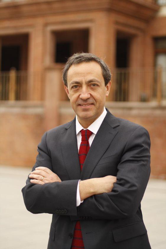 Dr. Rodrigo Oyonarte Weldt
