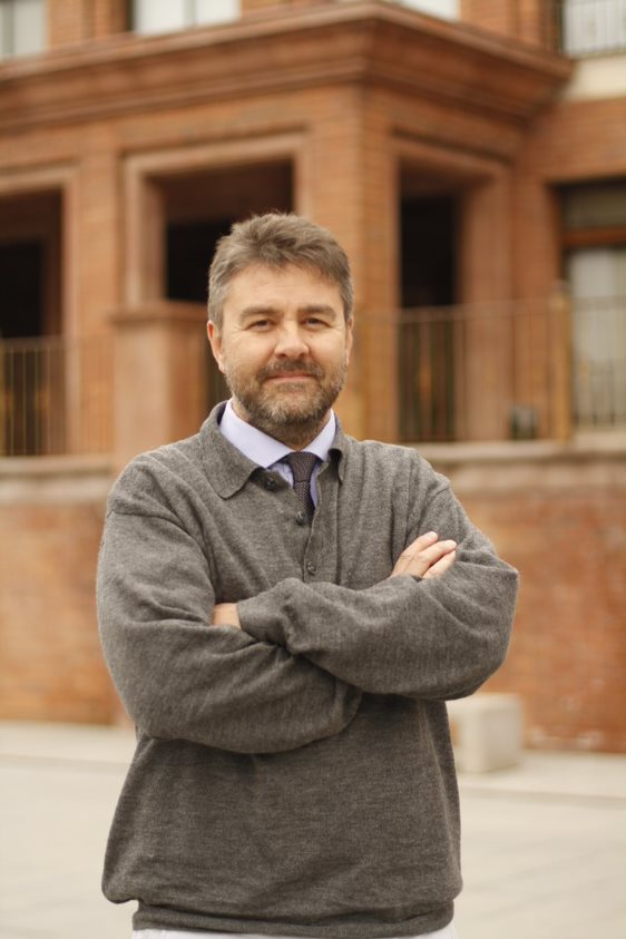 Dr. Rolando Morales Huber
