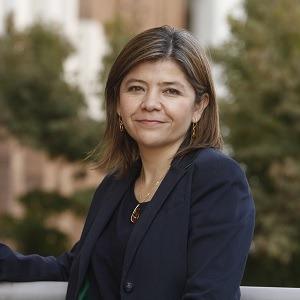 Dra. Claudia Naranjo Camilla