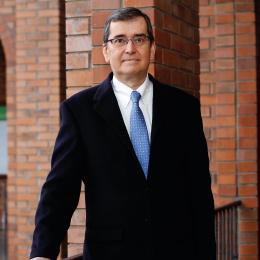Dr. Rolando Sepulveda D